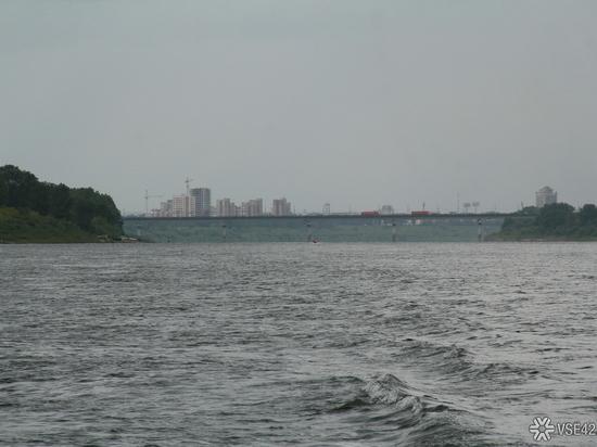 Вода в Томи поднялась выше опасной отметки в 700 сантиметров