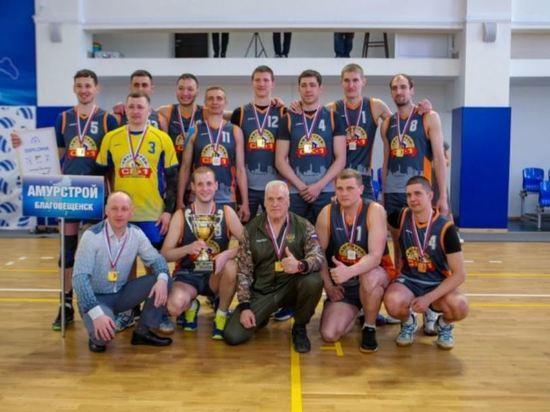 Благовещенские волейболисты выиграли кубок «Амурстроя» и 100 тысяч рублей