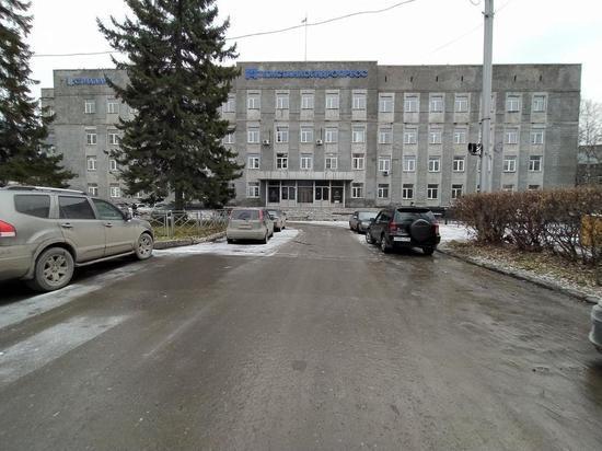 Работникам новосибирского завода «Тяжстанкогидропресс» пообещали выплатить зарплату в мае