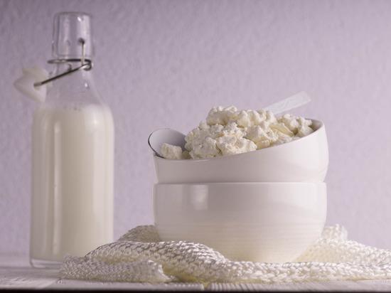 Детей в садике Губкинского чуть не накормили просроченной «молочкой»