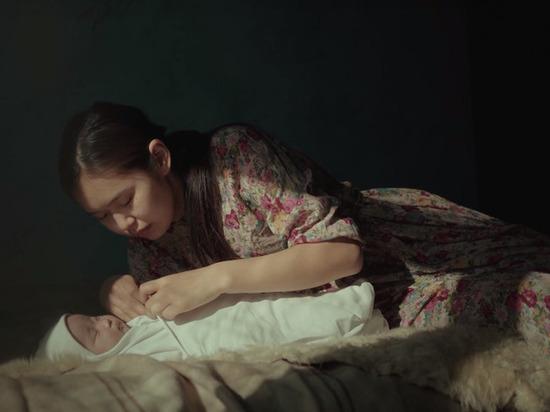 В Бурятии презентовали клип о старинной традиции передачи детей в другую семью
