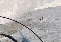 Тела двух погибших туристов из Красноярского края обнаружили на месте схода лавины в Бурятии