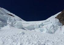На месте схода лавины в Бурятии нашли погибших туристов
