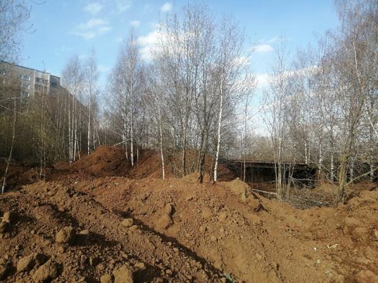 В Кирове не сохранили зеленые насаждения при сносе девяти аварийных зданий