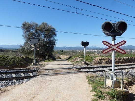В России увеличен штраф за нарушения ПДД на железнодорожном переезде
