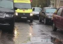 В больнице Обнинска автомобилист заблокировал проезд для