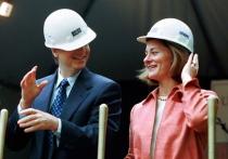 После 27 лет брака о своем разводе объявили Билл Гейтс и его жена Мелинда