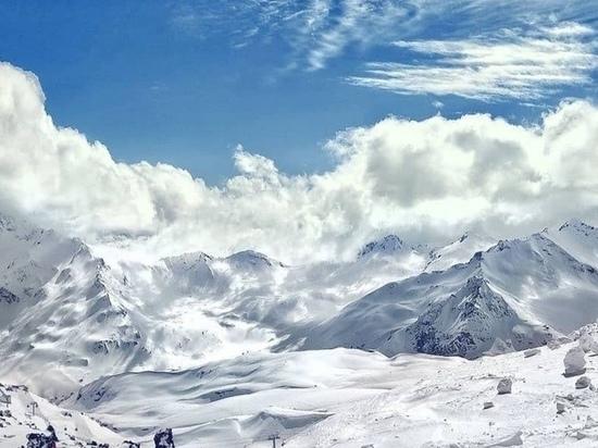 Тела пропавших в апреле альпинистов нашли на Эльбрусе