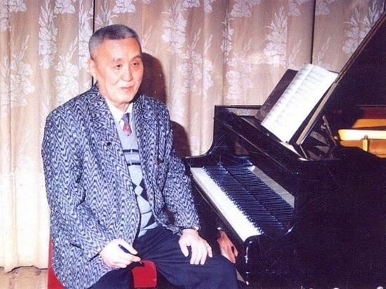В Калмыкии прошел фестиваль национальной музыки имени Петра Чонкушова