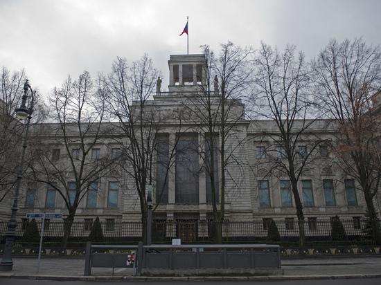 Замена российского паспорта и консульский учет при переезде в другой регион Германии