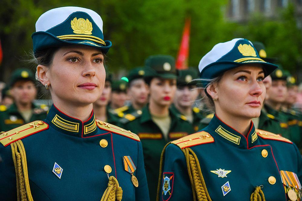 В Волгограде состоялась репетиция парада Победы: яркие кадры