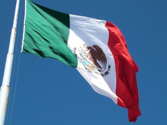 В Мексике объявлен трехдневный траур по жертвам катастрофы в метро