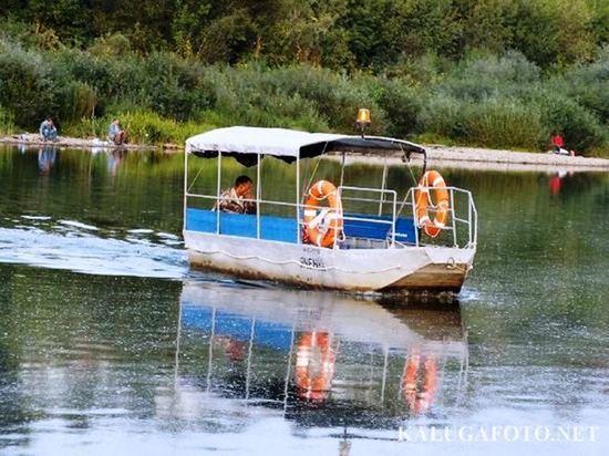 Калужане жалуются на отмену лодочной переправы через Оку