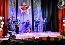 В Мурманске состоялся праздничный концерт для Совета ветеранов Первомайского округа