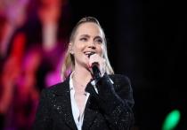 Певица Наталья Чистякова-Ионова, более известная как Глюк'oza, рассказала журналистам, что была очень трудным подростком