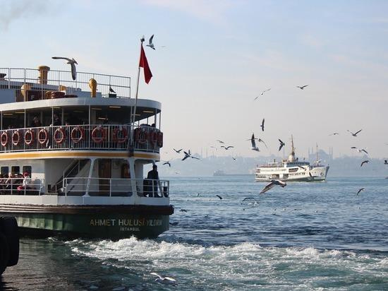 У россиян, желавших отдохнуть в Турции летом, появилась робкая надежда на возобновление авиасообщения со страной до конца отпускного сезона