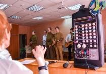 Мурманские школьники отрепетировали праздничную программу в преддверии Дня Великой Победы
