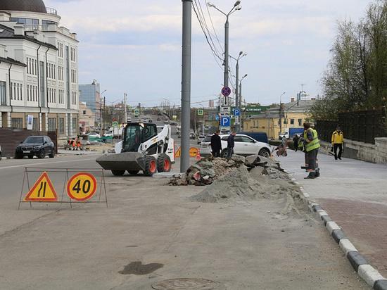 Дмитрий Миляев проинспектировал работы на улицах Октябрьской и Металлургов в Туле