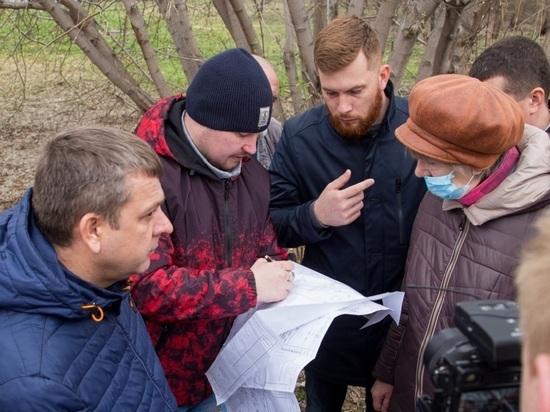 «Это не площадь и не мостовая»: в Барнауле жителям пока удалось остановить вырубку деревьев в Мизюлинской роще