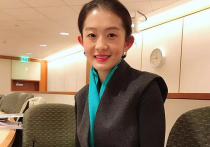 Молодой китайской переводчице, работающей на Фонд Билла и Мелинды Гейтс, приходится опровергать слухи о том, что она стала причиной развода пары, «оцениваемой» в 130 миллиардов долларов
