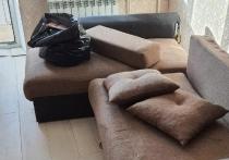 В Брянске молодая пара устроила погром на съемной квартире