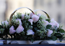 В России существует поверье, что люди, родившиеся или заключающие брак в мае, впоследствии будут «маяться» всю жизнь