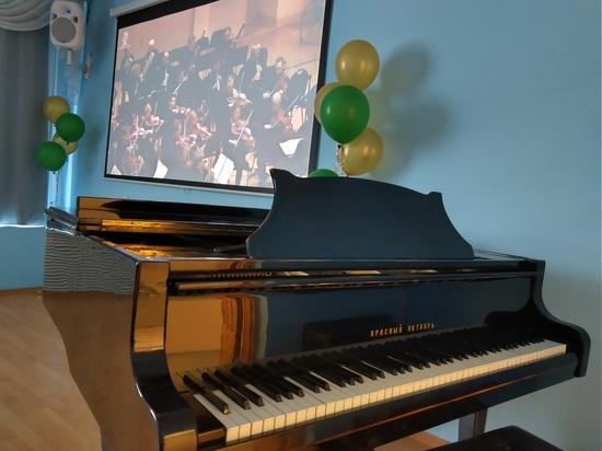 В Кировской области открылся нацпроектный виртуальный концертный зал