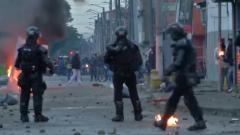 Очевидцы сняли видео протестов в Колумбии против налоговой реформы