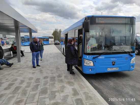 К Ржевскому мемориалу гостей повезут два автобуса