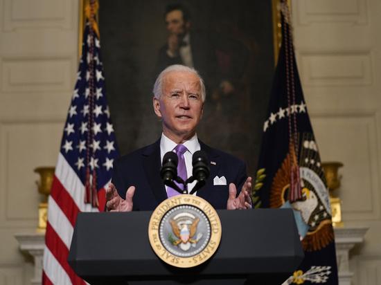 Байден продлил режим санкций США против Сирии еще на год
