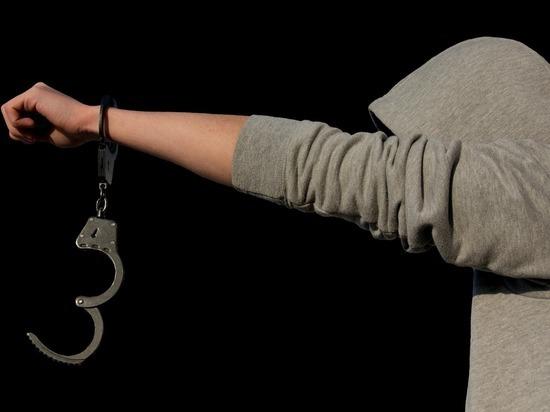 Житель Бурятии может сесть на четыре года за кражу дешевой куртки