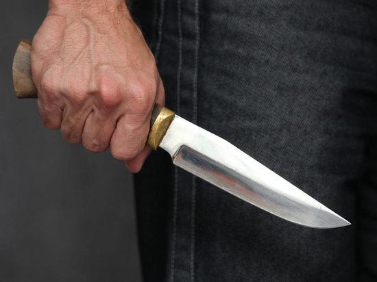 Контролер получил ножевые ранения на станции «Люблино», выполняя свои служебные обязанности