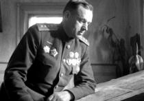 Исследовательница биографии советского военачальника Константина Рокоссовского Ольга Добжаньска раскритиковала версию о том, что маршал родился на территории Белоруссии