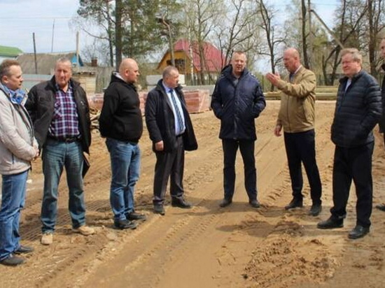 Ледовый дворец под Брянском в Жуковке планируется сдать в июле