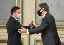 Побывав с визитом в Киеве, госсекретарь США Тони Блинкен проигнорировал прошедший там марш неонацистов, зато опять высказался о том, что во всем виновата России
