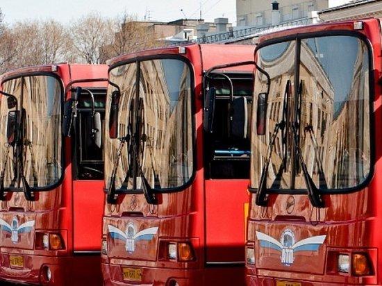 В Кирове организуют дополнительные автобусы к местам захоронений