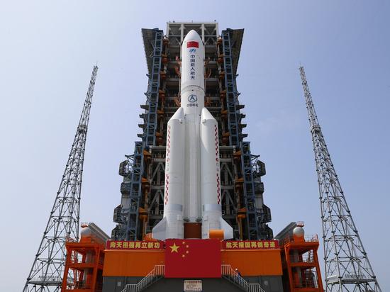 Расхождение по поводу места вхождения в атмосферу второй ступени китайской ракеты-носителя «Великий поход-5Б» (или «Чанчжэн-5Б») возникли у российских и американских специалистов