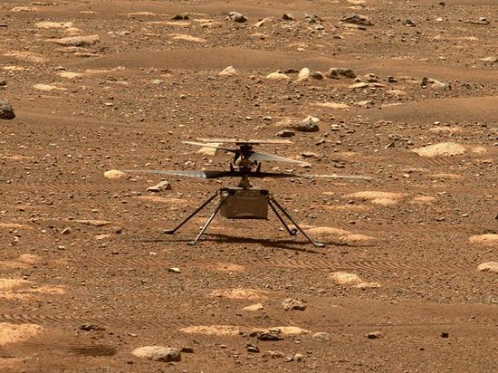 Американский вертолет Ingenuity, что работает на Марсе, продолжает путешествия в атмосфере Красной планеты