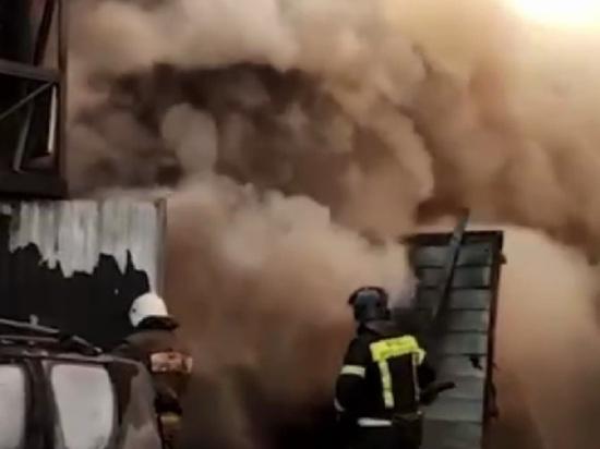 При пожаре в сварочном цехе в Мытищах погибли 4 человека