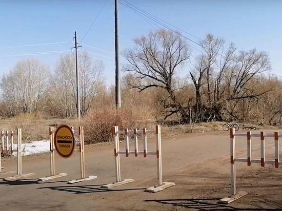 В Оренбургской области рухнул мост через реку Салмыш