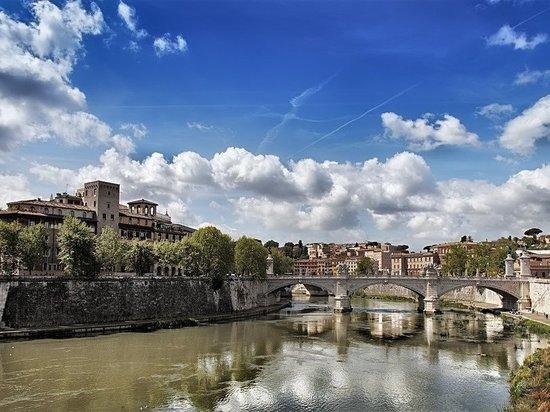 В Италии рассказали о крахе «мечты Евросоюза» из-за усиления неравенства