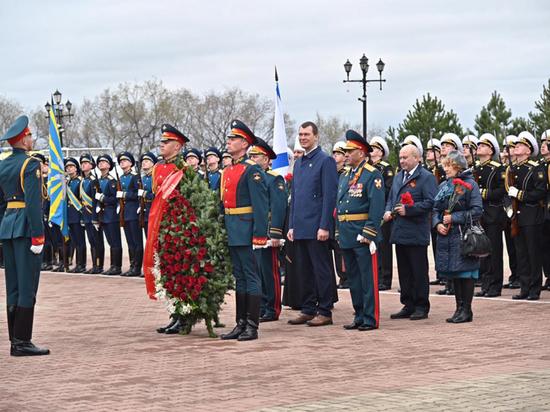 В Хабаровске продолжаются торжественные мероприятия посвященные 76-й годовщине Победы в Великой отечественной войне.