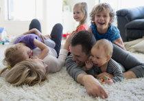 В законе: в Ивановской области досрочную пенсию могут оформить матери с четырьмя детьми