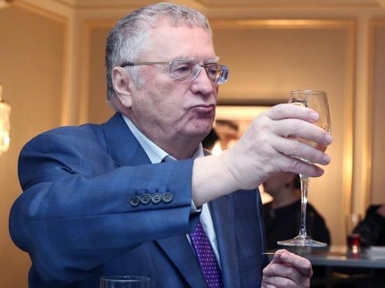 Жириновский предложил освобождать от штрафов в обмен на вакцинацию