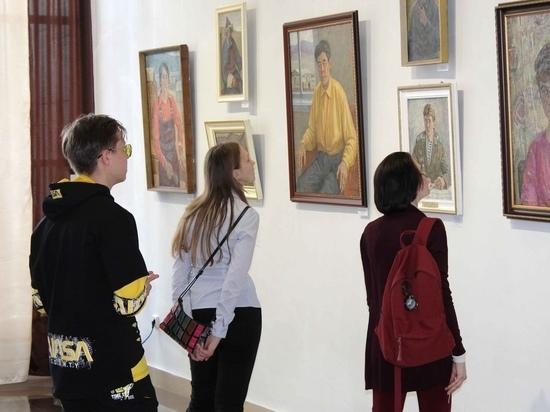 Выставка фронтовика Лазаря Новицкого открылась в Чите