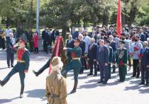 Волгоградцы в канун Дня Победы почтили память защитников Отечества