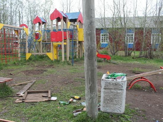 «Наш остров бросили!»: жители окраины Архангельска обвинили управляющую компанию «Мегаполис» в полном бездействии