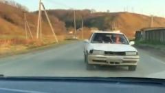 На Сахалине подростки перевернули машину, удирая от ГИБДД