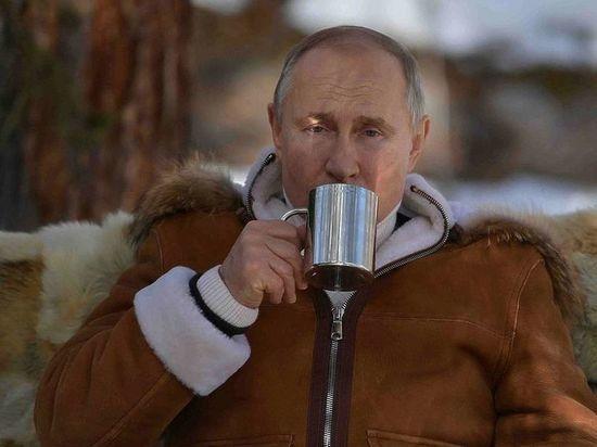 СМИ подсчитали число выходных Путина за год