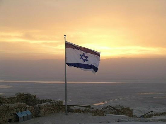 Израильский беспилотник нанес удар по военному посту в секторе Газа